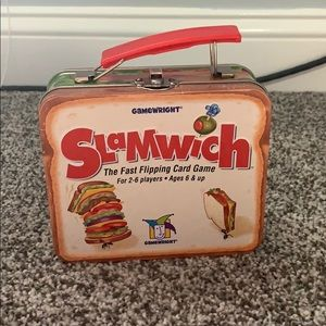 Slamwich the fast flipping card game